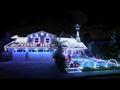 MADRIX ultimate at Christmas Light Show 2011 in Fountain Valley, CA #1