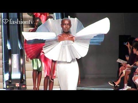 Paco Rabanne Runway Show - Paris Fashion Week Spring 2012 PFW   FashionTV - FTV