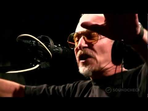 "Graham Parker And The Rumour: ""Soul Shoes,"" Live On Soundcheck"
