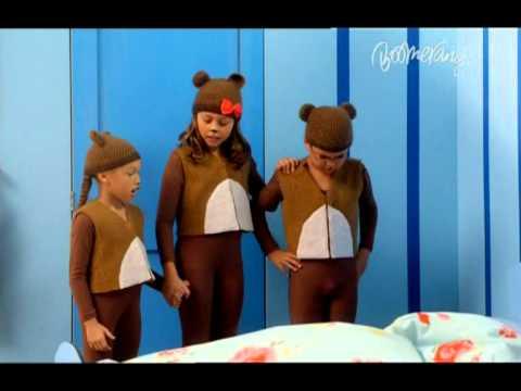 Fetita cu parul de aur si cei trei ursuleti - Lumea povestilor Cartoonito