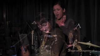 Emily Cheung live at Amsterdam Songwriters Circle - L