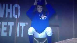 Call me maybe? Chicago Cubs ball girl giving out her number? Nope. Just a rejection note to a fan.