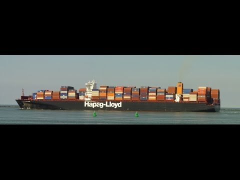HAPAG Lloyd Fiona Swann  departing  at Hook of Holland, NL,  27 AUG 2014