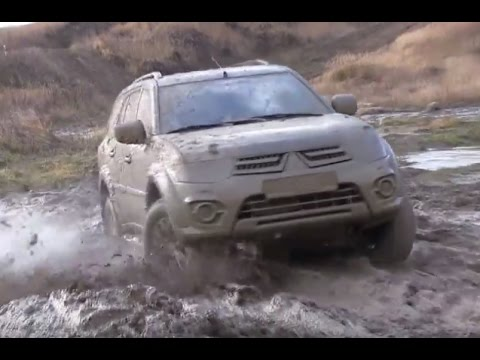 Lada Niva vs Mitsubishi Pajero Sport Off road Extreme 4×4 Compilation