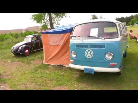1972 VW BUS TYPE II TRANSPORTER Walk Around