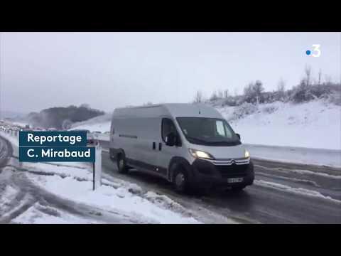Neige en Île-de-France : des naufragés de la route ont passé la nuit dans le foid sur l'A 12