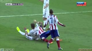 Sergio Ramos KICK Mario Mandžukić in the Face  vs Atletico Madrid Spanish Super Cup 2014