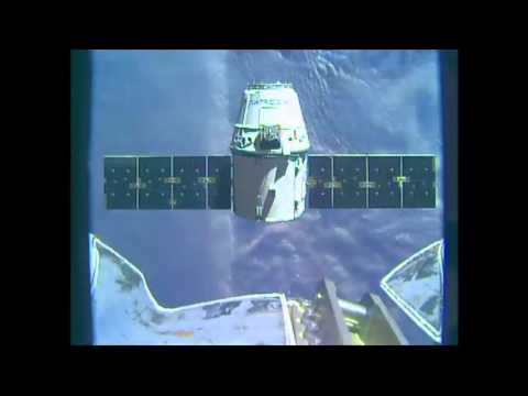 SpaceX Dragon Reaches ISS with New Supplies