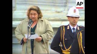 Italy - Mastroianni funeral