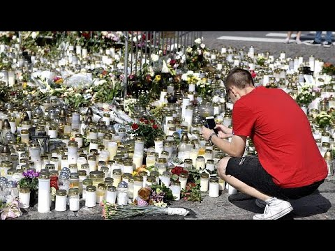 Attaque de Turku : une minute de silence