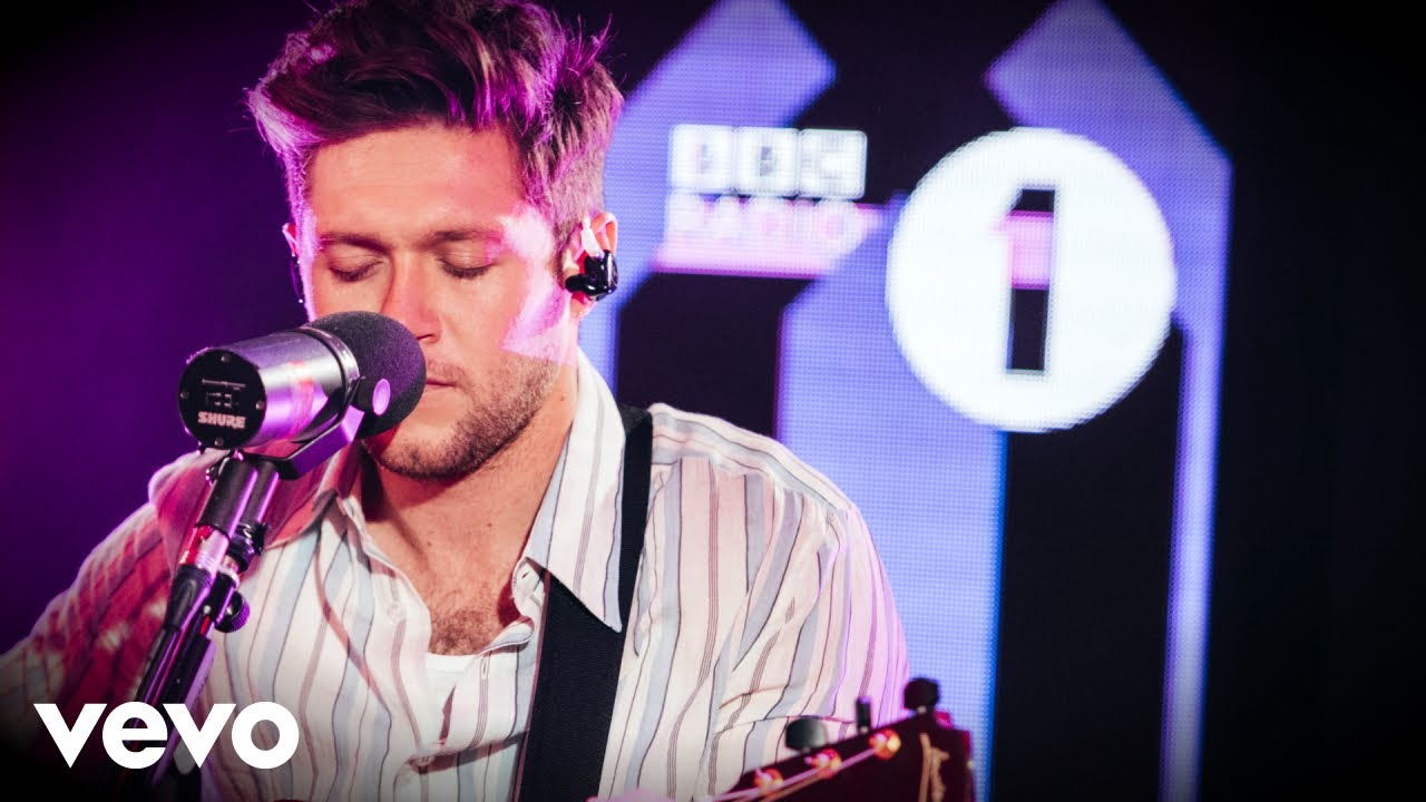 Niall Horan Circles Post Malone Cover In The Live Lounge Youtube