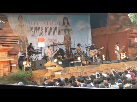 Iwan Fals - Gelisah (Konser Situs Budaya : Jatim - Trowulan)