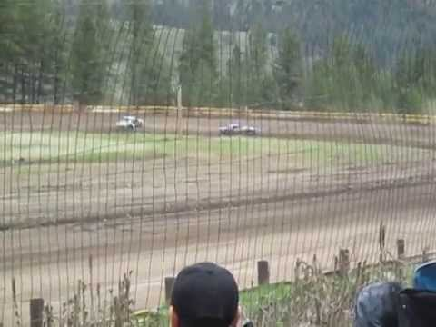 Eagle Track Raceway Street Stock Heat Race Part 1 (Mike Roberts & Dean Perry Crash) May 10th 2014