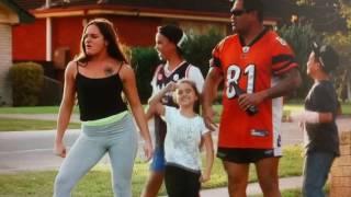 Fat Pizza VS Housos - Vanessa flaunts her bestest arse