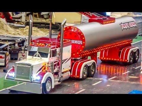 STUNNING U.S. RC trucks according original models in motion!