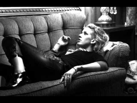 Ellie Goulding - Ritual (Lyrics) (Halcyon Days)