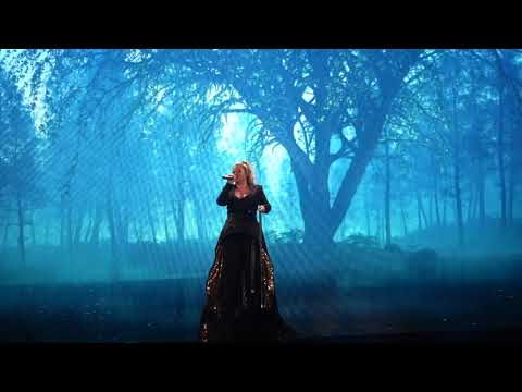 Kelly Clarkson - It's Quiet Uptown & Never Enough - (2019-01-25) - Fresno, CA