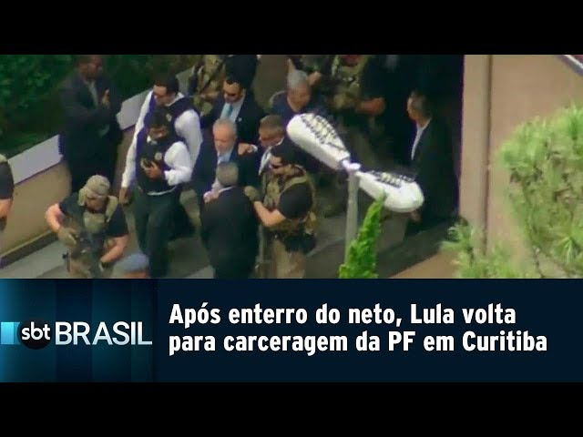Após enterro do neto, Lula volta para carceragem da PF em Curitiba | SBT Brasil (02/03/19)