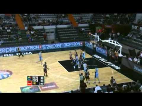 Uruguay Vs. Venezuela / 2011 FIBA Americas Championship Round 2