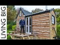 17 Year Old Builds Tiny House For Only £6 000