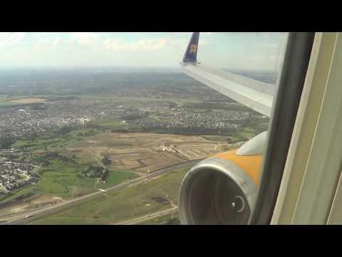 Icelandair, landing at Edmonton intl.