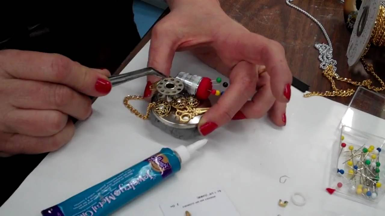 Ilovetocreate aleene 39 s jewelry metal glue youtube for What kind of glue to use for jewelry