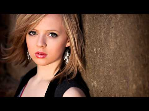 Last First Kiss - Madilyn Bailey