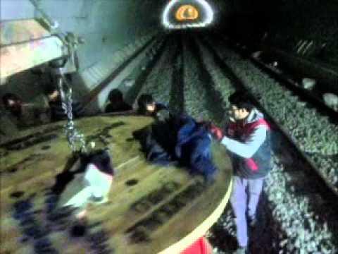 Tünelde OG Kablonun Kanala Yatırılması