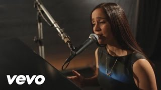 Watch Julieta Venegas Hoy video