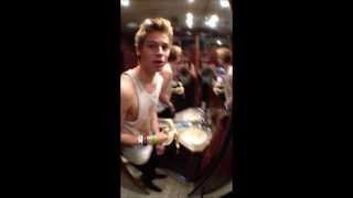 5 Seconds of Summer - #GUSBUS