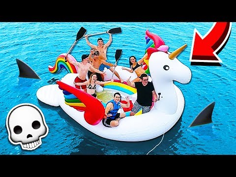 STRANDED ON A 20 FOOT UNICORN FLOAT IN THE OCEAN!