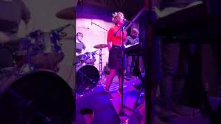 Деревянные Киты - Что-то значит / Видео