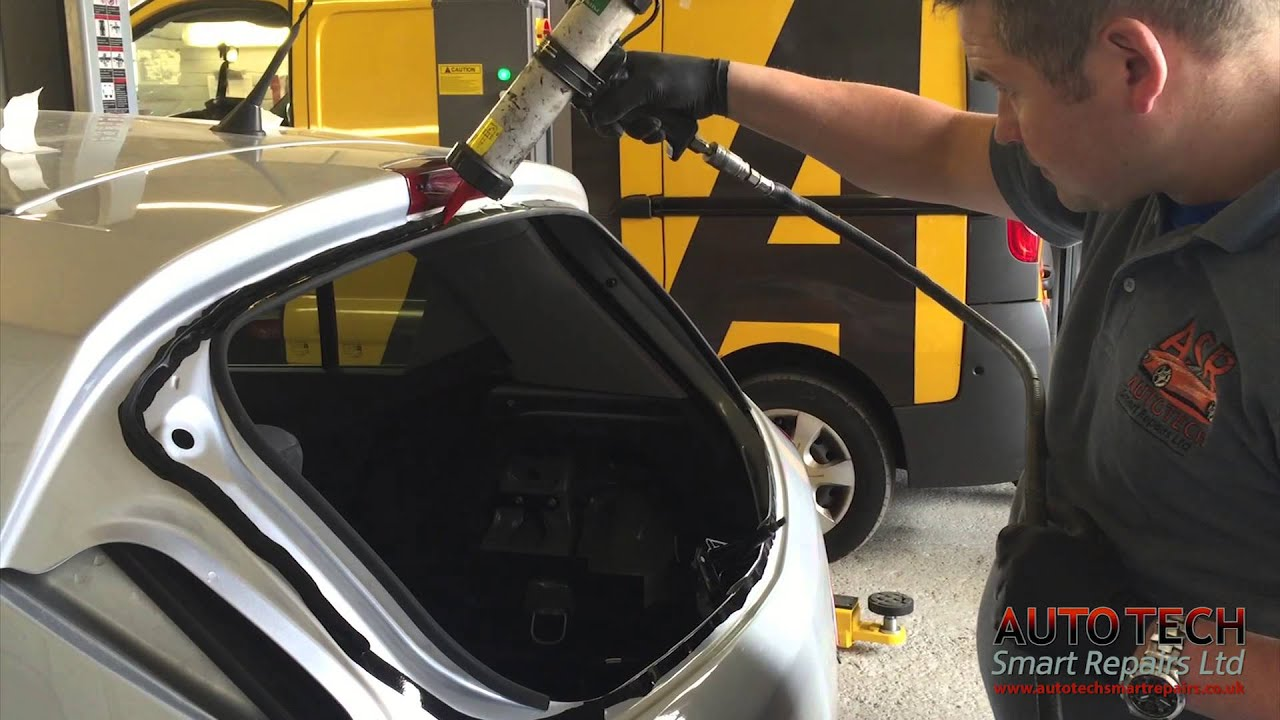 Rear Glass Replacment On A Vauxhall Corsa Youtube