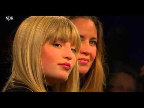 NDR Talk Show mit  Armin Roe, Olivia Jones, Francis Fulton-Smith, Dana und Luna Schweiger  sqauadf4
