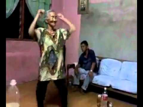 video heboh 2011 nenek ngentot.mp4