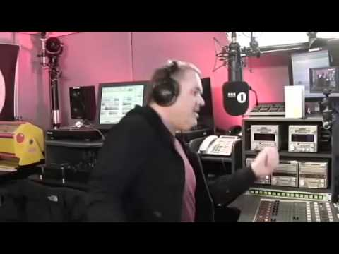 Mistajam introduces Chris to his BASS CANNON!