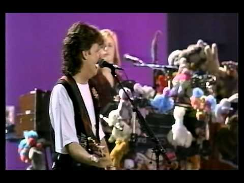 Paul McCartney Bring It On Home To Me Soundcheck 1993 - Redo