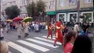 Ходулисты, день г.Винница, ул.Соборная, 05.09.2015