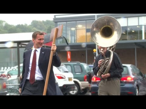 Following Jeremy Hunt With A Sousaphone - The Last Leg