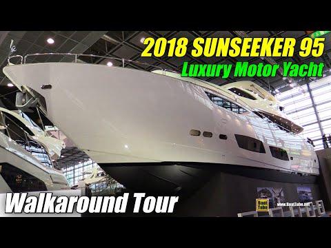 2018 Sunseeker 95 Yacht - Walkaround - 2018 Boot Dusseldorf Boat Show