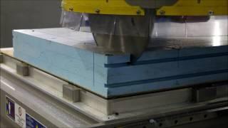 MECAPLUS 7516 : machine 5 axes de fraisage et découpe scie circualire