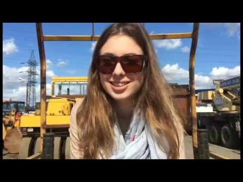 Видео- обзор на Четырехвальцовый каток Bomag BW 200