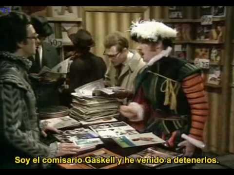 Monty Pythons Flying circus - Casa de ocupación tudor 10x03 1/2 Spanish sub