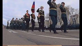 СТРОЕВАЯ ПОДГОТОВКА(Едва ли не главное на парадах - это строевая подготовка. Коробки должны идти ровно, четко и в едином ритме...., 2015-05-08T00:44:00.000Z)