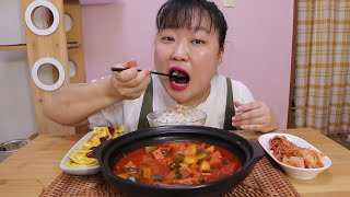 밥이 꿀떡꿀떡 넘어가는 스팸 고추장 찌개와 계란말이 먹…