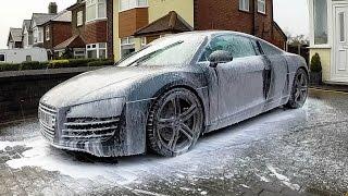 Audi R8 Rainy Wash