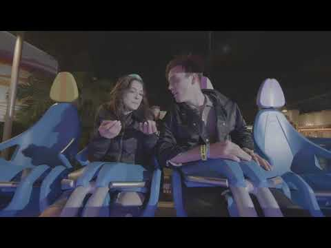 Sterling Beaumon & Niki Koss Try Out HangTime at Knott's Berry Farm