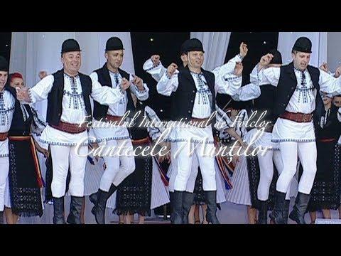 Ansamblul Cindrelul Junii Sibiului La Cântecele Munţilor Pe