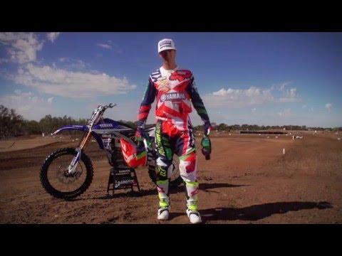 Fox Head Australia - Pit Pass - Yamaha CDR with Dean Ferris and Dan Reardon