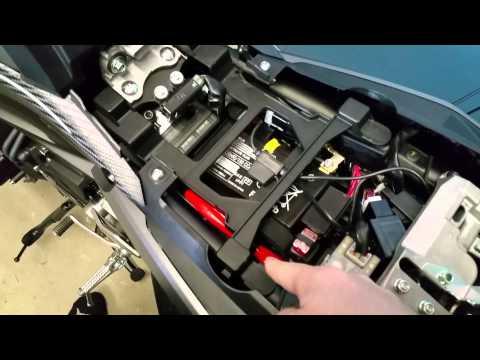 2015 Yamaha FJ-09 Front Seat Height Adjustment